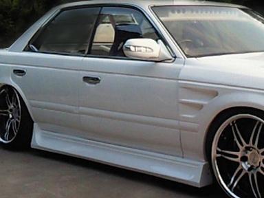商品名: 材質: FRP製 適合車種: 価格: 左右セット ¥29,800(税抜) 個  ご注意 FRP製パーツは白ゲルコートでの出荷になります。表記の価格には、塗装費・取付工賃・送料は含まれておりません。 […]
