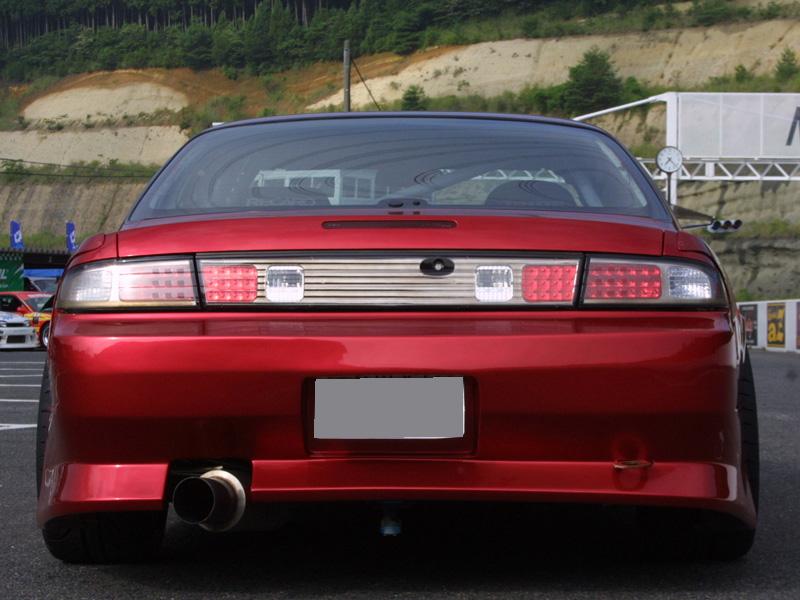 商品名: リアバンパースポイラー 材質: FRP製 適合車種: S14 Silvia (後期) 価格: ¥32,184(税込) 個  ご注意 「カートに入れる」ボタンをクリックするとYAHOO!JAPAN シ […]
